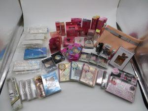 大阪市城東区のお客様よりお買取りいたしましたオルビス 、カネボウ、ランコム、コーセー等 のコスメ、香水、スキンケア