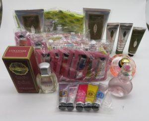 埼玉県さいたま市のお客様よりお買取りいたしましたロクシタン、イブサンローラン、ジバンシイ等の香水、コスメとスキンケア